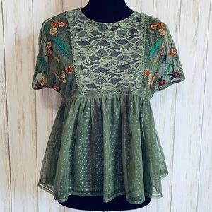 Zara Basic green lace embroidered top - XS NWT